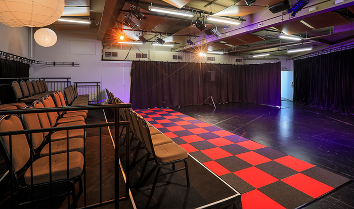 Studio---Carousel-3
