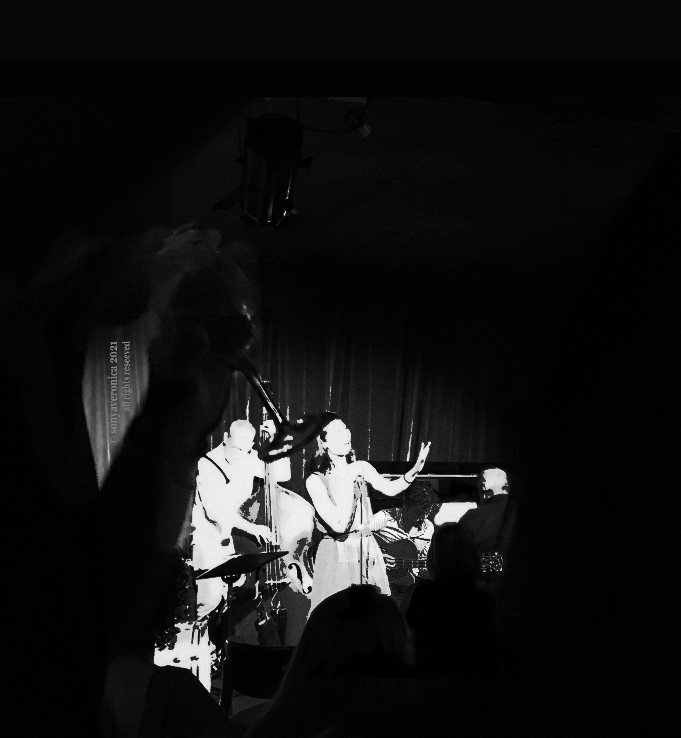 21 95899 CLOCKTOWER THEATRE Sonya Veronica Quintet 8 May 9pm